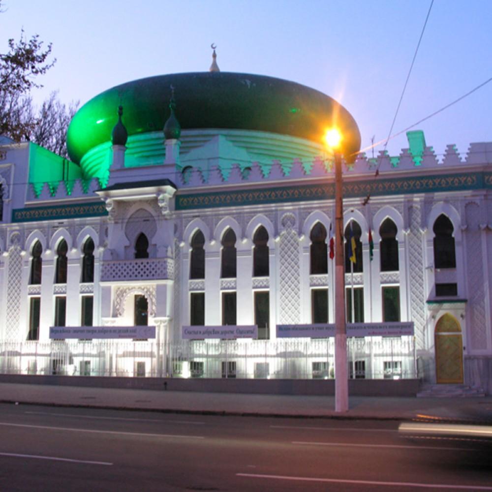 В Одессе будут судить парней, которые хотели сжечь мечеть