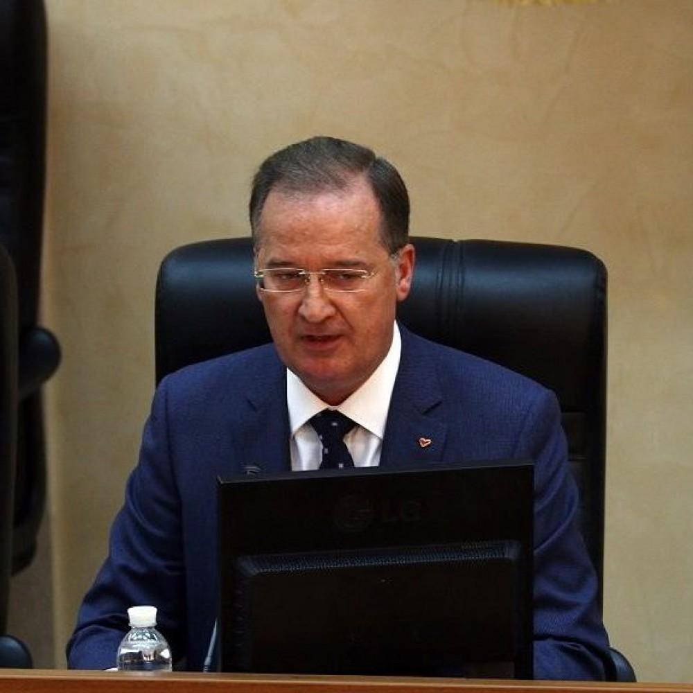 На сессии облсовета депутаты могут поднять зарплаты зампреду и другим чиновникам