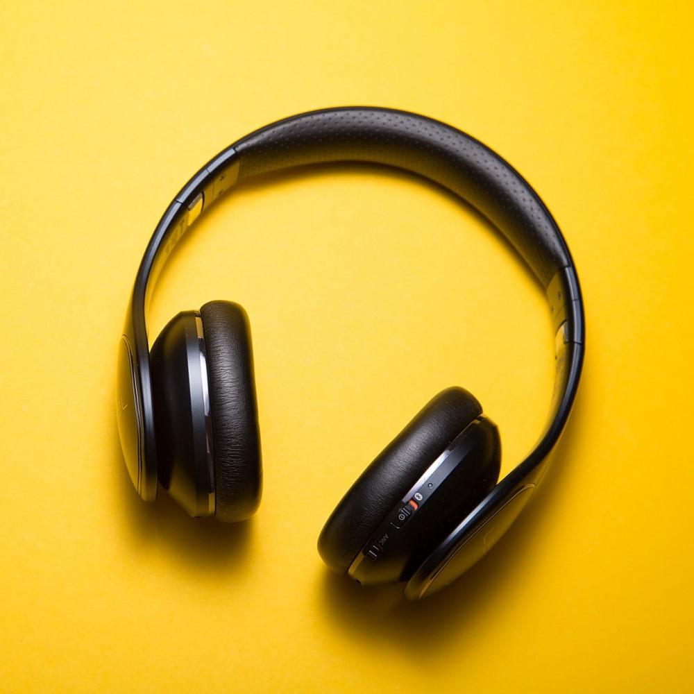 ТОП-10 треков, которые слушают одесситы по версии Spotify и Apple Music