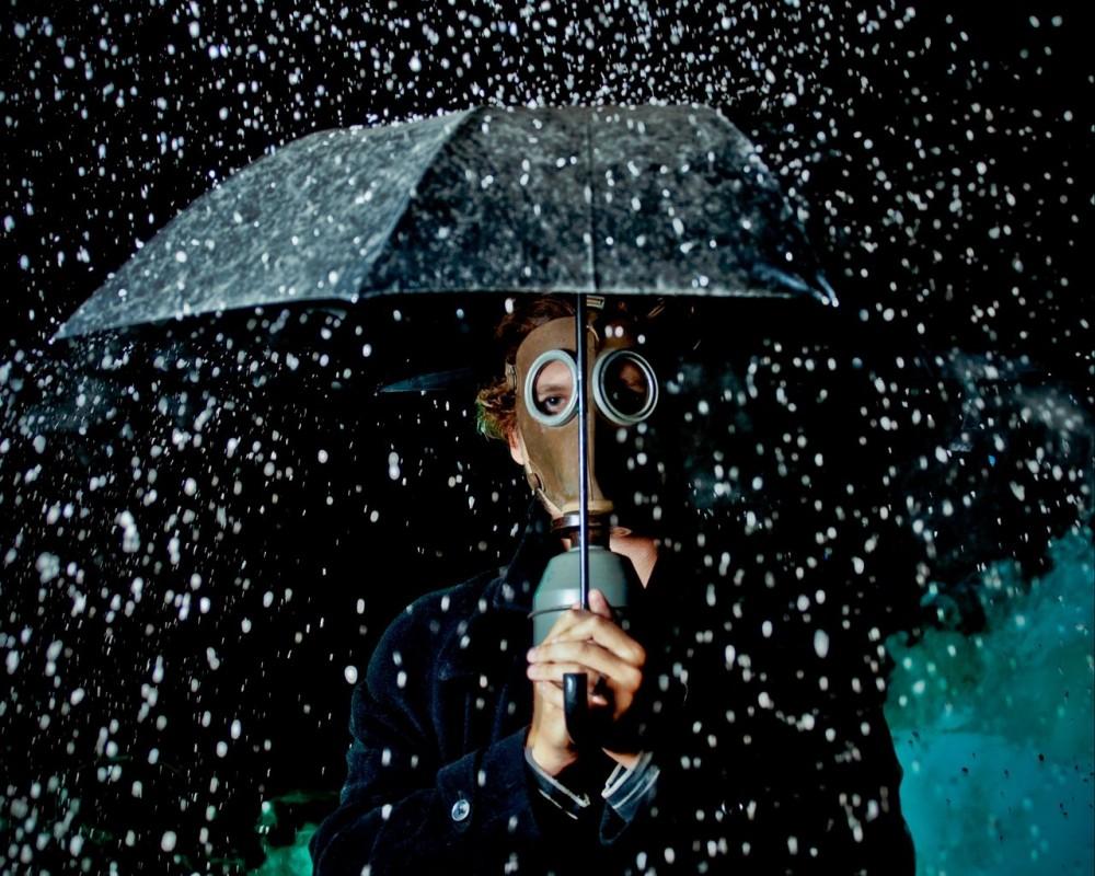 Последствия взрыва на химзаводе // Синоптики предупредили о кислотных дождях