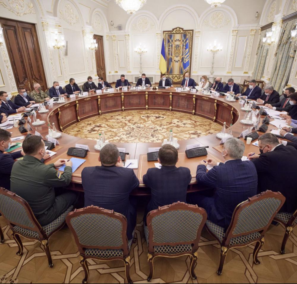 СНБО ввел санкции против 10 главных контрабандистов Украины