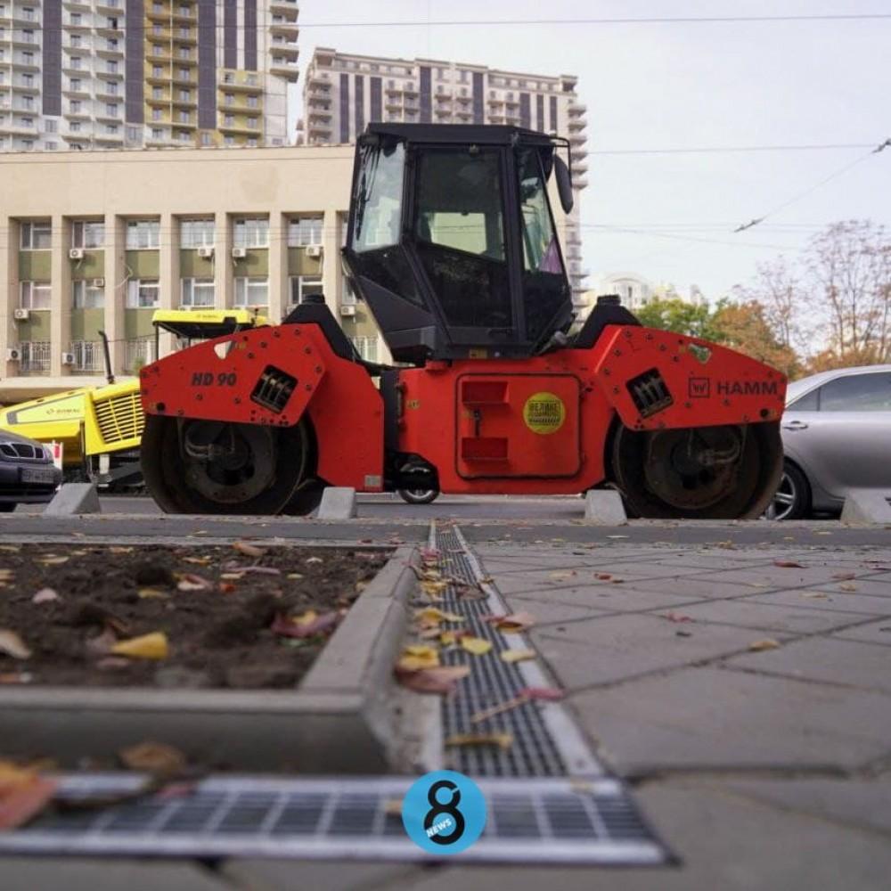 Долгоиграющий капремонт Черняховского // Как сейчас выглядит улица