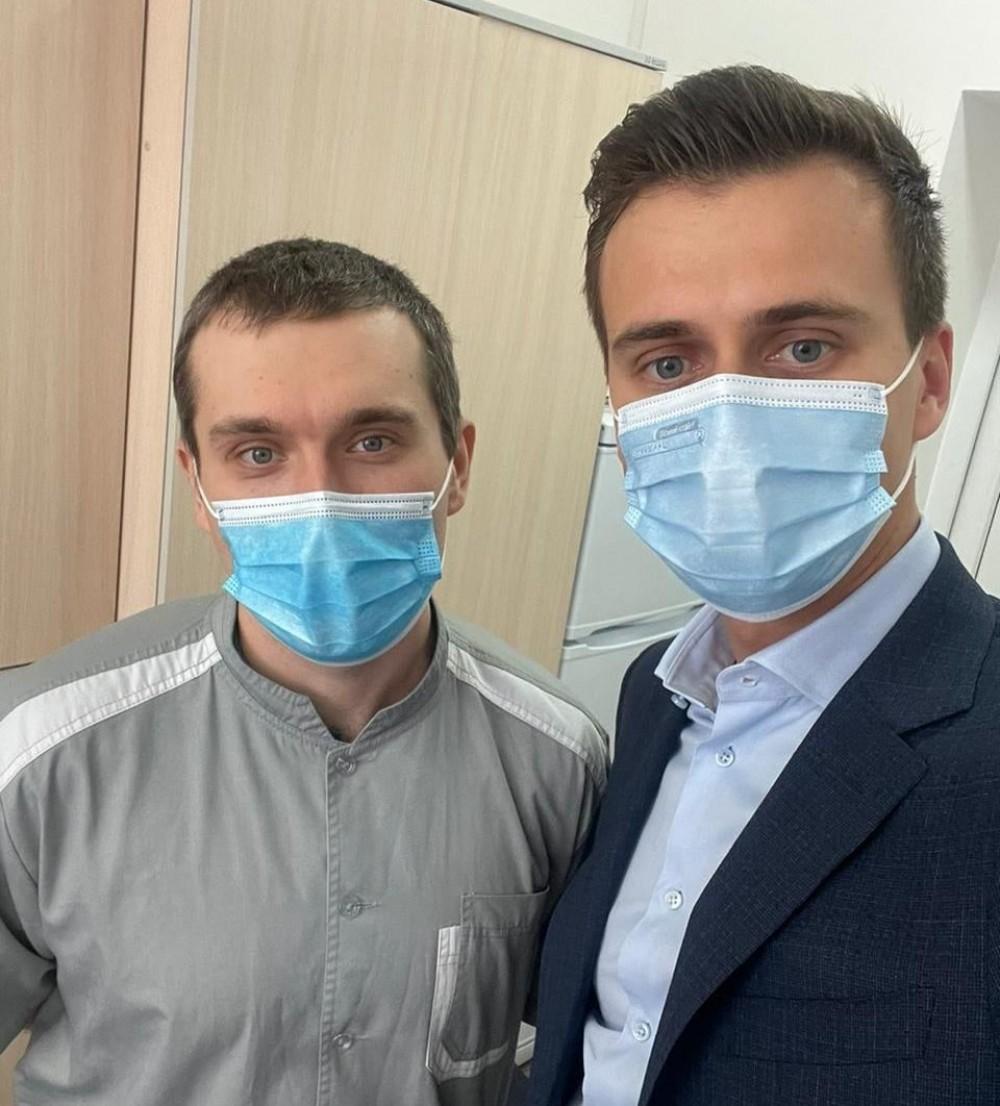 В Украине сделали первую прививку от коронавируса // Кто стал первопроходцем