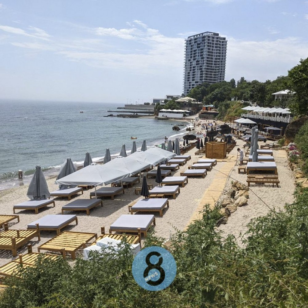 Пляж на Малом Фонтане // Как выглядит территория после благоустройства и что там открылось