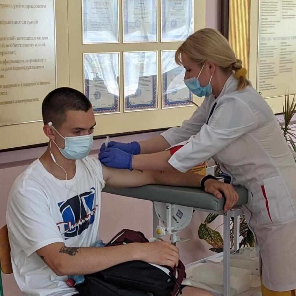 Вакцинация выходного дня // 28 июня в Одессе работали 6 прививочных центров