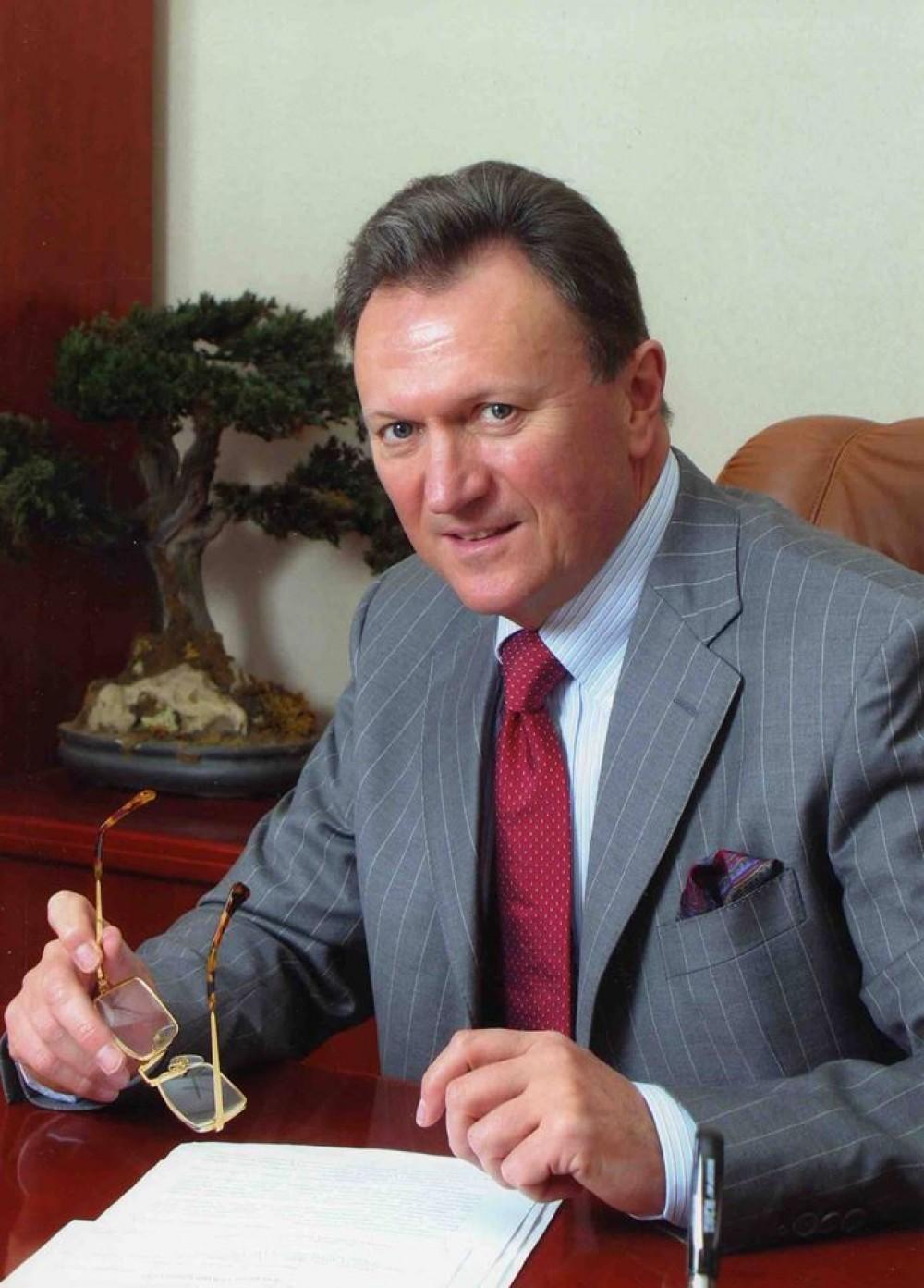 Ректором Медина снова стал Валерий Запорожан