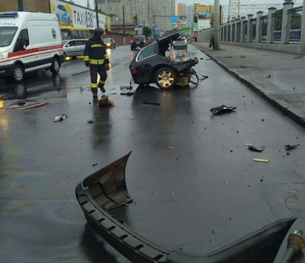 За ночь в Одессе три человека погибли в ДТП