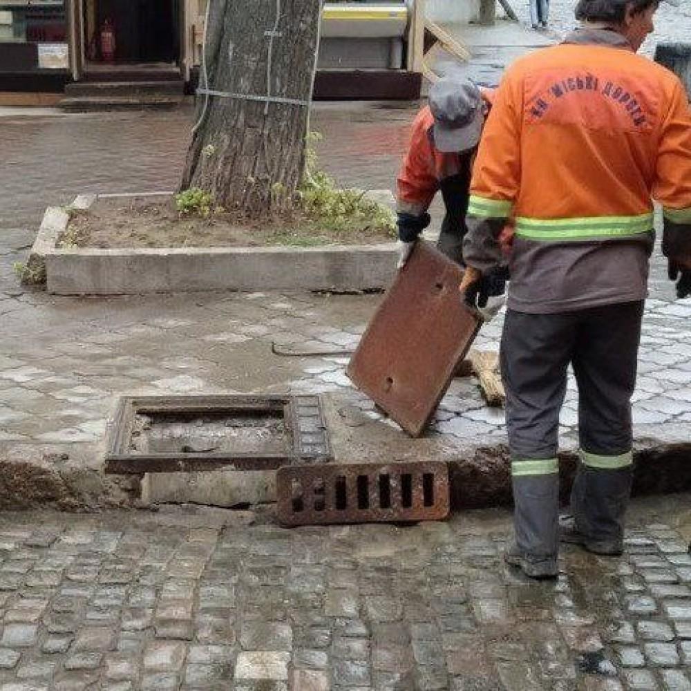 В Одессе массово воруют ливневые решетки // С начала года похитили 69 штук
