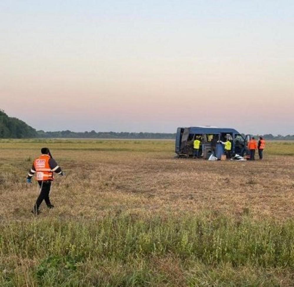 Один погибший и 8 пострадавших // Автобус с хасидами попал в аварию