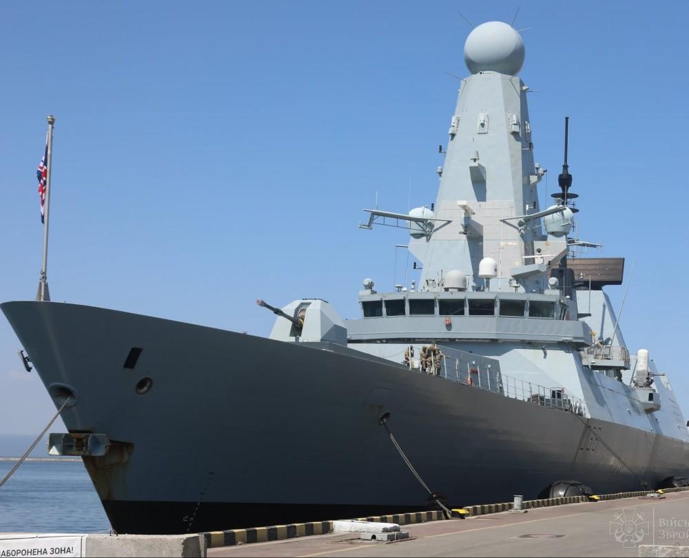 В Одесском порту подписали меморандум о партнерстве Украины и Великобритании